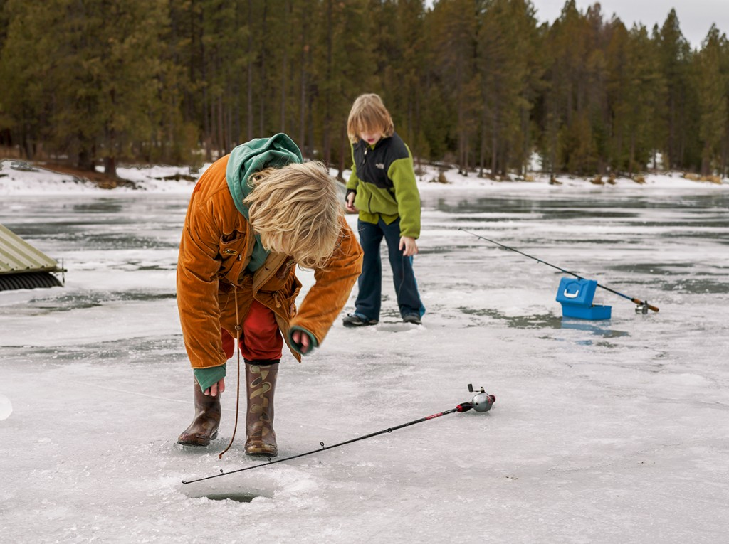 ice_fishing_dance